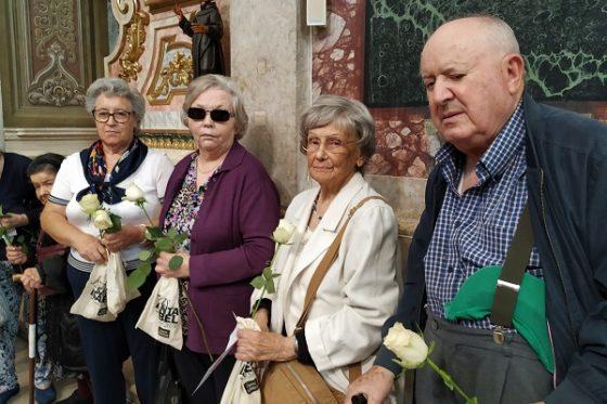 Bênção do Pão e das Rosas, na Igreja de Santa Isabel.